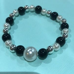 3/$25 tri color beaded elastic bracelet
